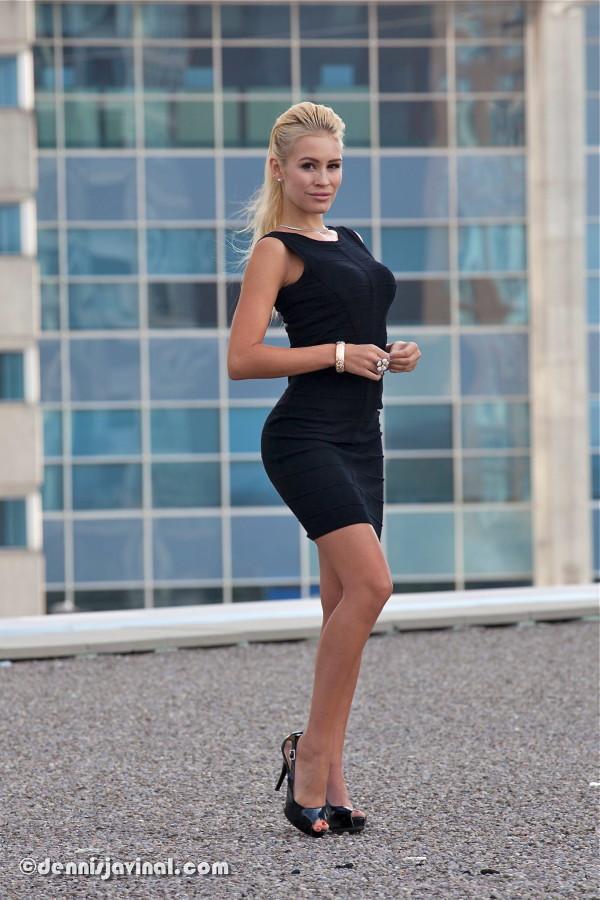 Canadian_Actress_Theresa_Longo