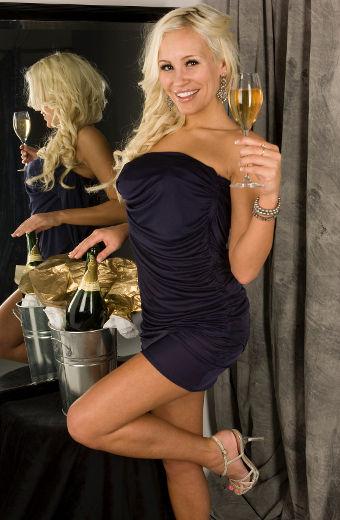 Photo Showing Canadian Model Theresa Longo