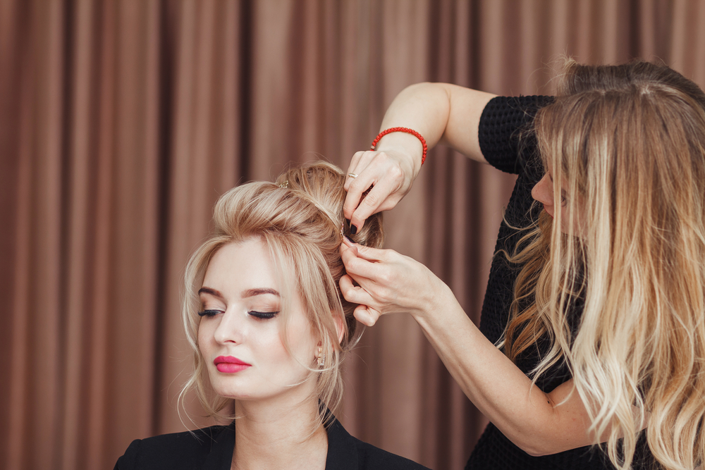 7 Reasons to Get Your Next Beauty Service in a Student Salon