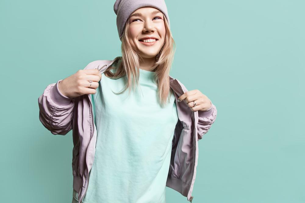 Female model wearing beanie