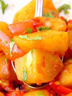 Recette-Pommes-de-terre-épicées-aloo-phujia