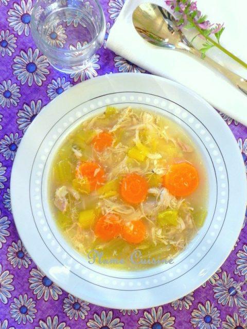 soupe-au-poulet-traditionnelle