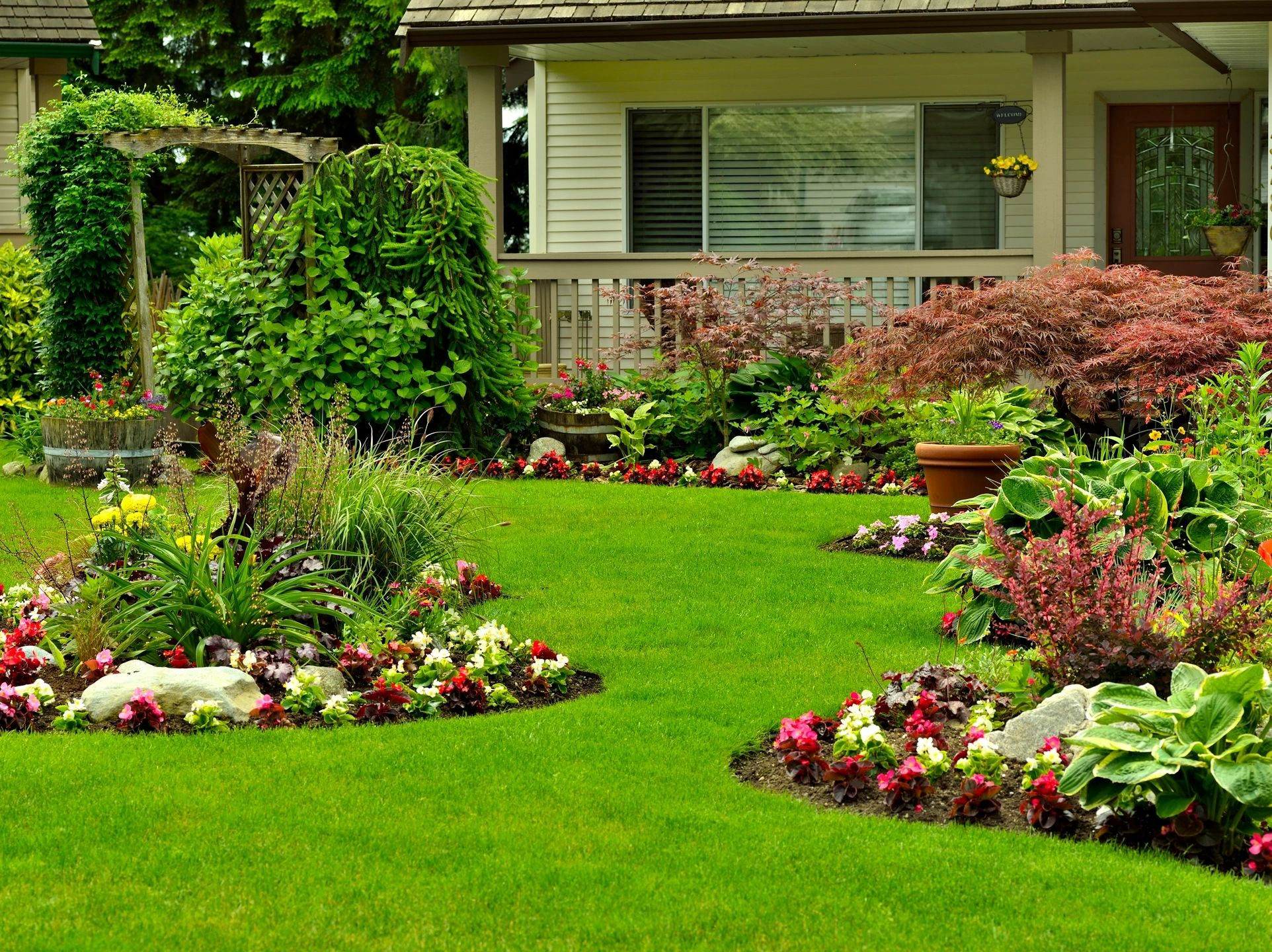 7 Steps for a Gorgeous Flower Bed