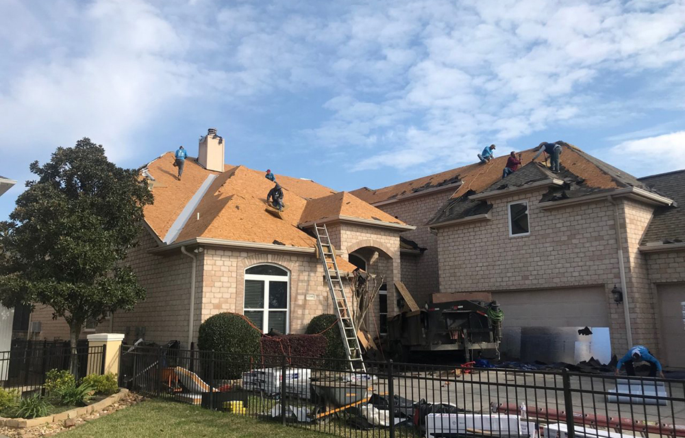 https://secureservercdn.net/50.62.198.97/u4k.b7a.myftpupload.com/wp-content/uploads/2020/07/Houston-Roofing-Company-Eldridge.jpg?time=1596298911