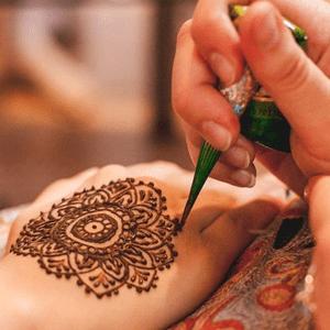 Henna on the hand