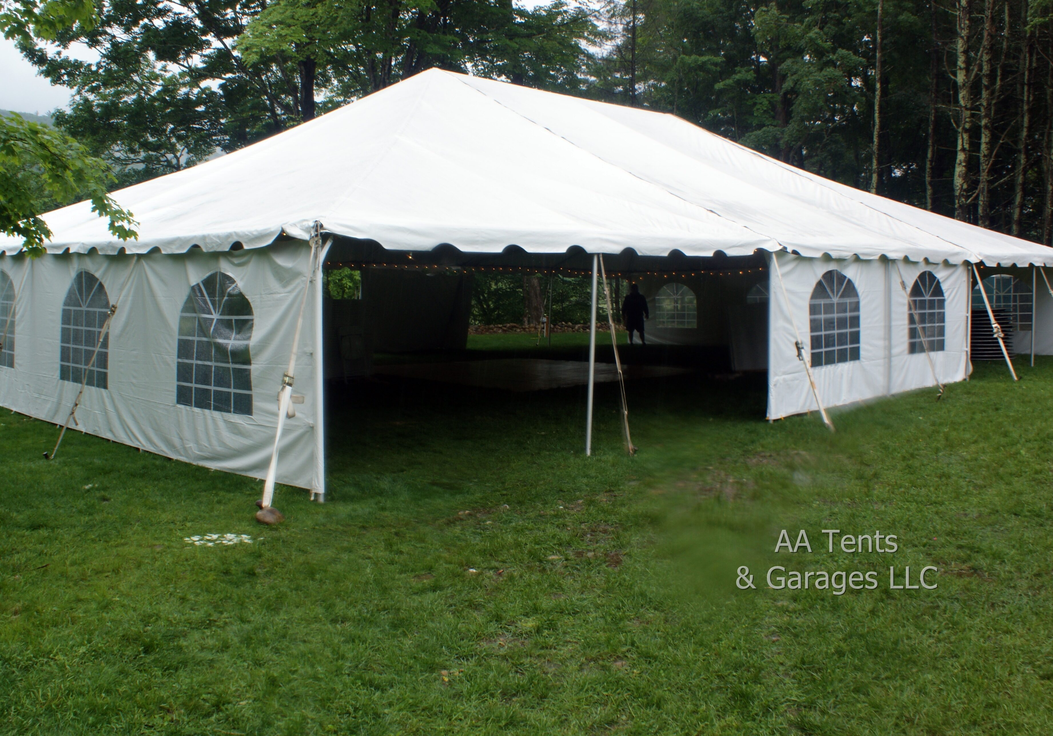 40' x 60' Frame Tent With Window Sidewalls