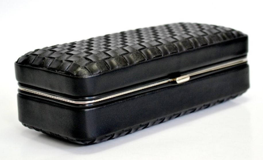 Embossed Leather Cigar Case Box Engraved Humidor KV7010