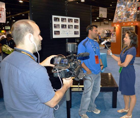 2013-National-Sports-Collectors-Convention-UDA-Memorabilia-ESPN-Interview-Gabe-Garcia