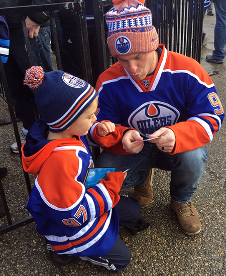 upper-deck-kids-family-collect-father-son-hobby-hockey-nhl-cards-2