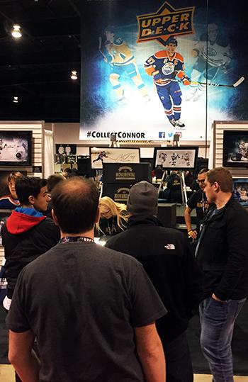 2017-Upper-Deck-Authenticated-Fall-Sport-Card-Memorabilia-Expo-Monumental-Hockey-Box-Line-Show-Start