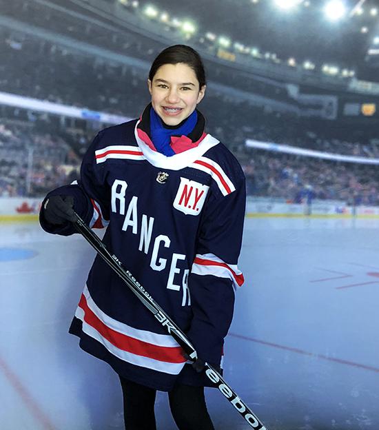 Sabrina-Solomon-kid-blogger-girl-hockey-fan-upper-deck-series-one-collector-3