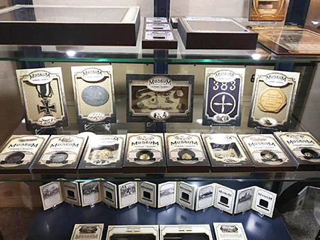 upper-deck-goodwin-champions-muesuem-collection-relic-cards-history-1