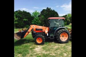 HCC Tractor photo