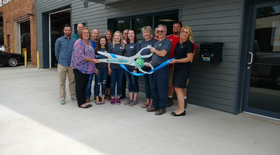 4k tire ribbon cutting picture