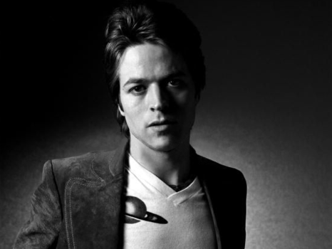 Robert Palmer, I didn't mean to turn you on. SpotifyThrowbacks.com