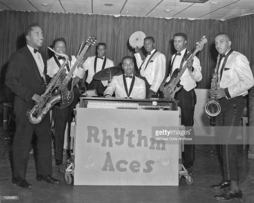 Searching For My Love by Bobby Moore & The Rhythm Aces. SpotifyThrowbacks.com