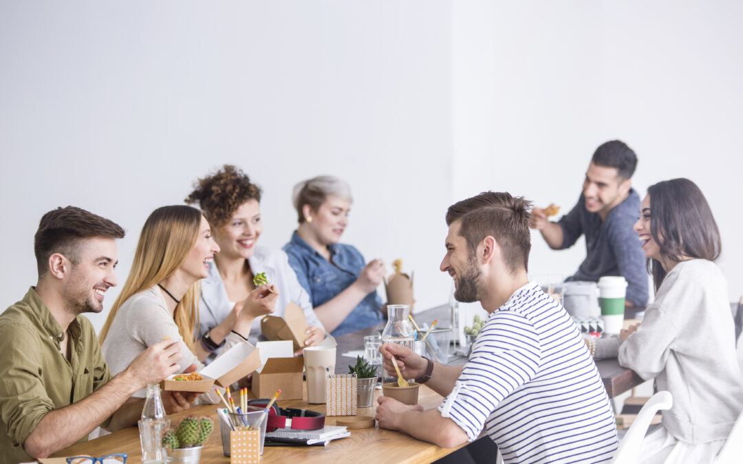 Three reasons employees should eat together