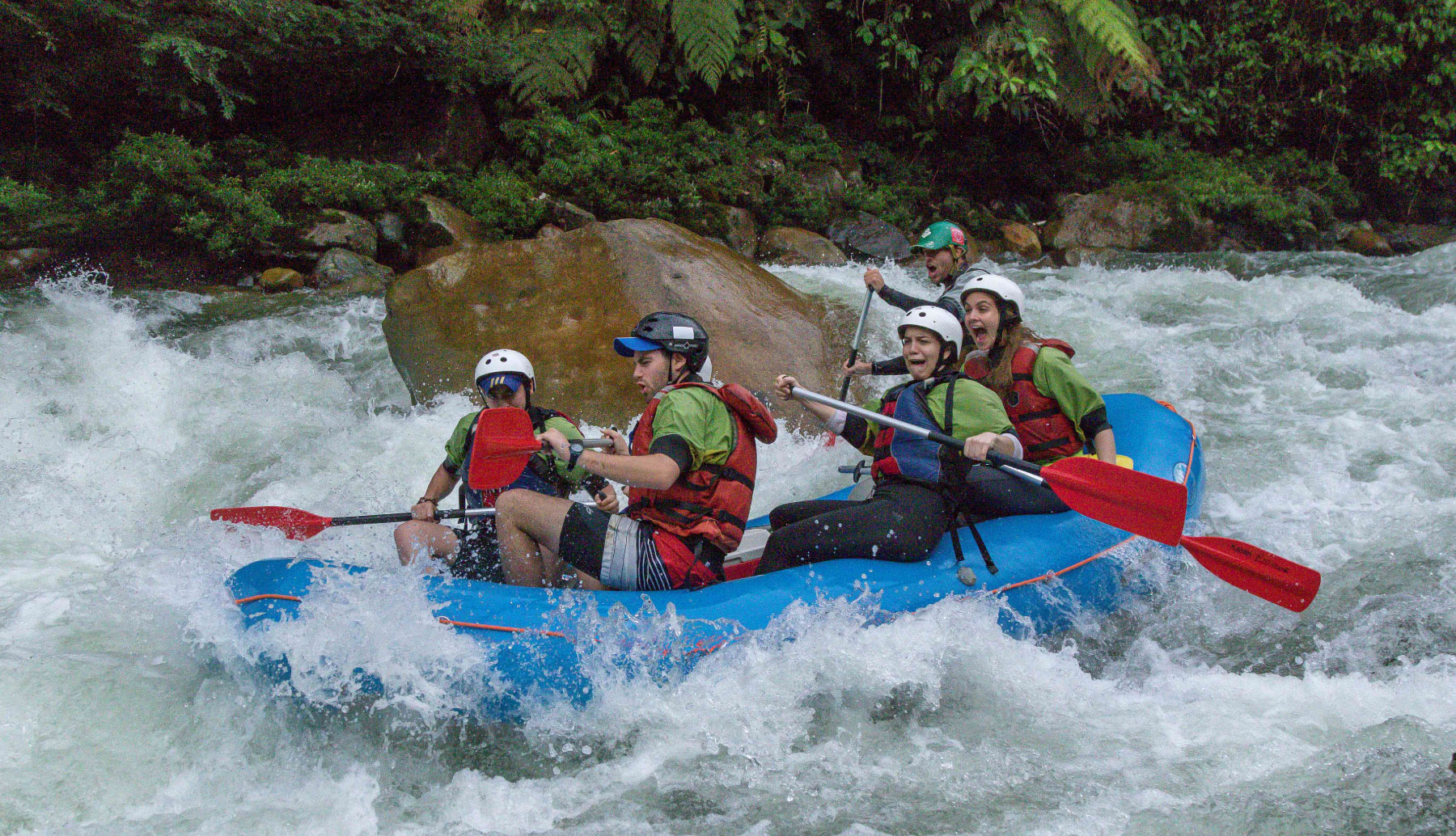 Jondachi & Hollin river Rafting Trip. Class IV rapid before the joint of the Hollin river