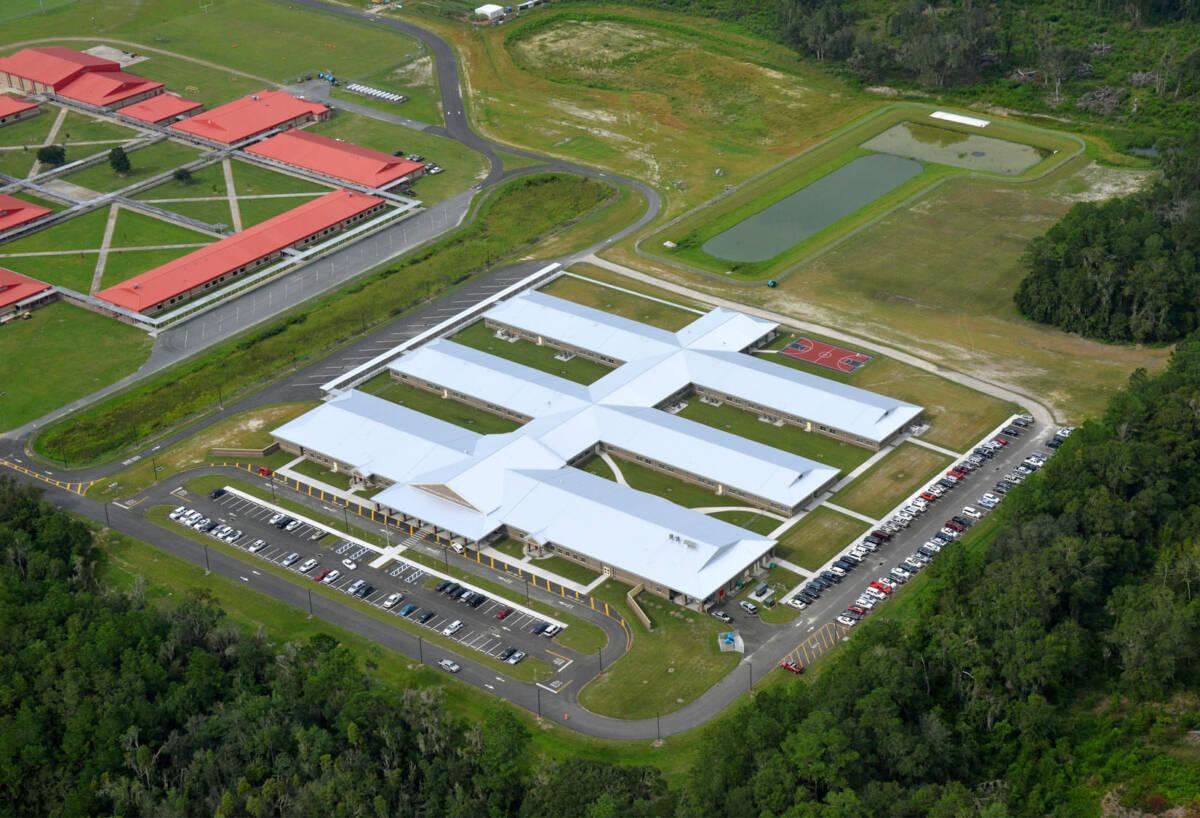 HAMILTON K-7 SCHOOL