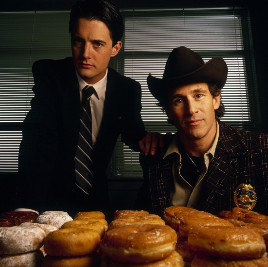 Cooper and Truman in Twin Peaks. And a lot of doughnuts!