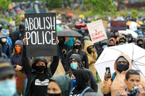 California teacher hangs 'F--- the Police,'