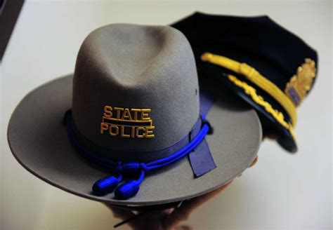 Connecticut State Trooper hat Taliban