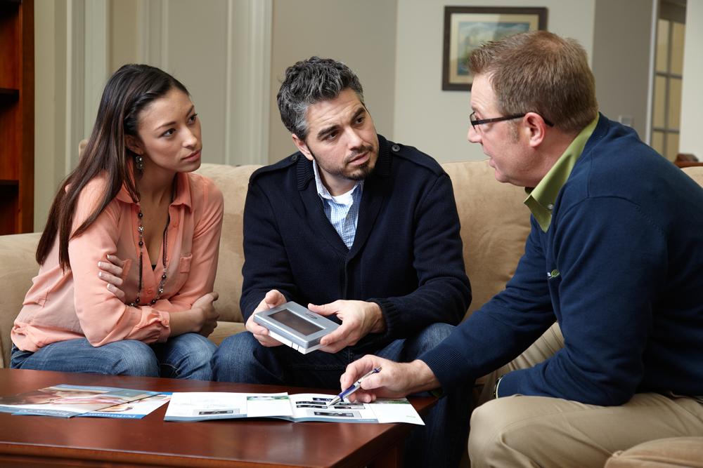 livingroom-sales-discussion-2