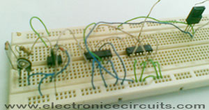 Accurate 50Hz Oscillator Using 555 And 7490