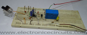 Toggle to Momentary Switch 555 timer Monostable