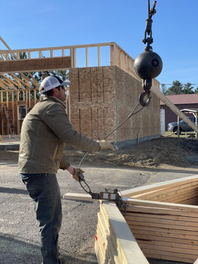 Setting trusses with Jerry Freeman