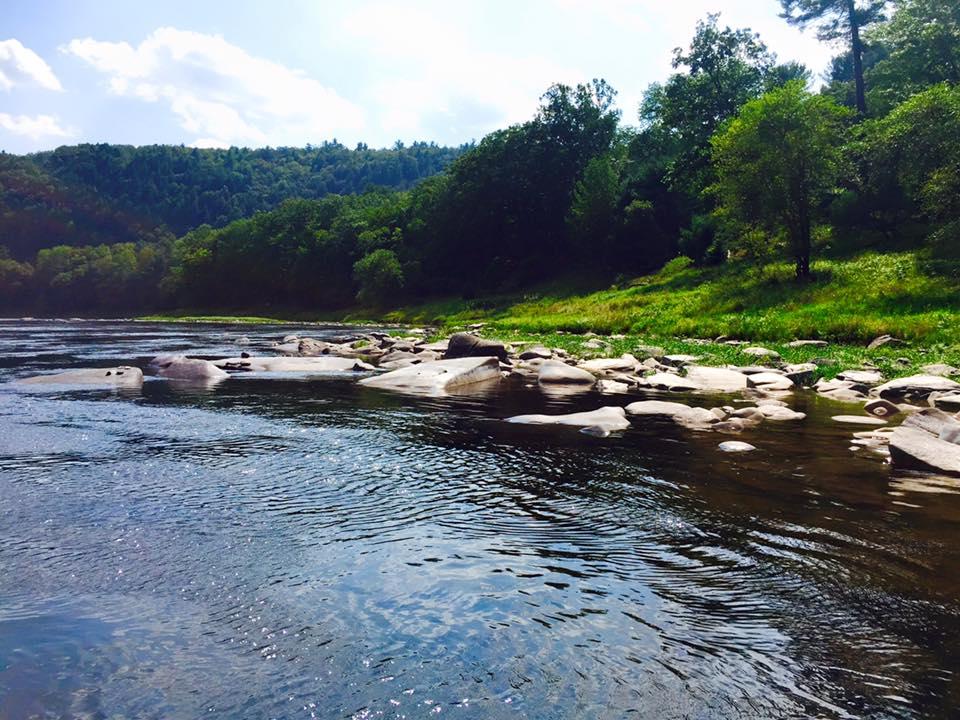 delaware river poconos, poconos lake wallenpaupack, rafting poconos, poconos activities, lake wallenpaupack real estate