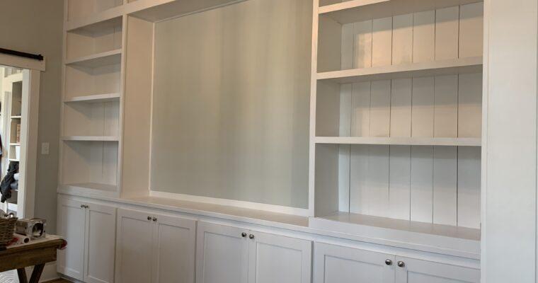 Home Office & DIY Bookshelves – Week 4 One Room Challenge