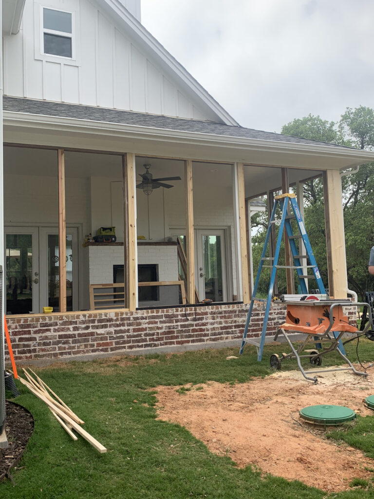 Framing column to receive screens for the screened porch using 2x4s