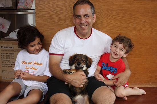 Dad Runs Marathon to Help Kids with Hemiplegia