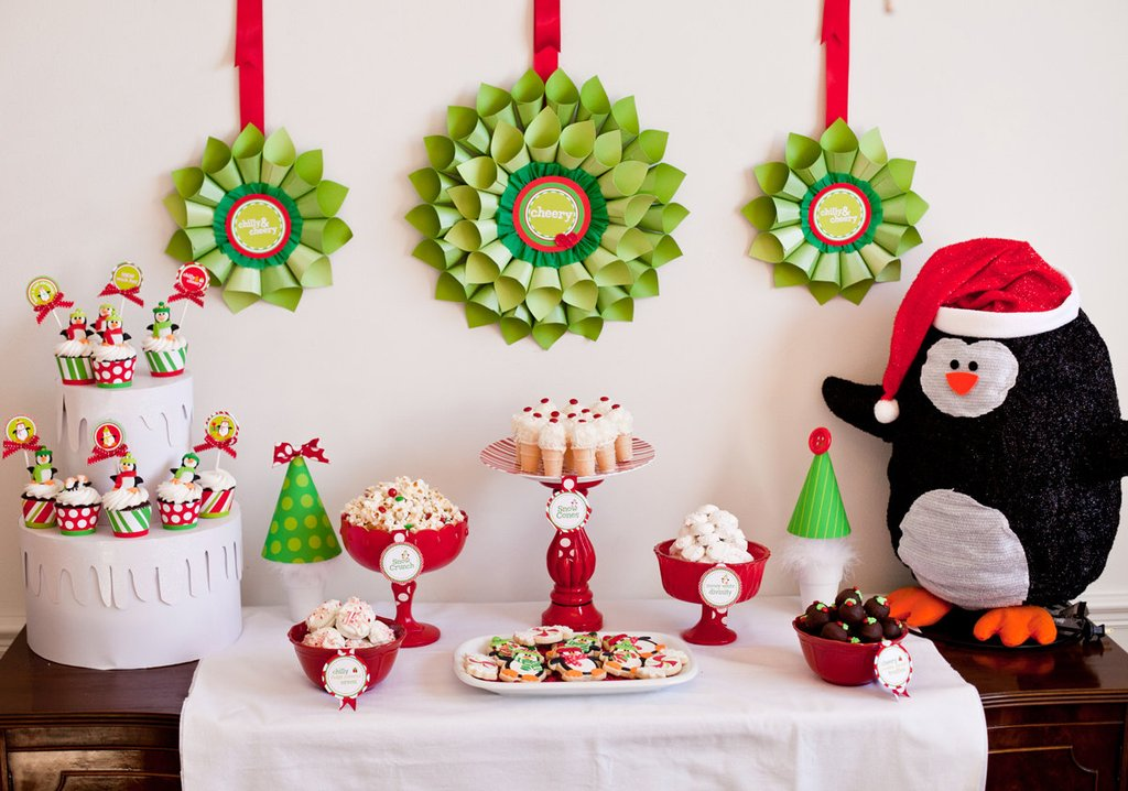 kids-christmas-party-decorations-penguin-stunning-themes-magnificent-11
