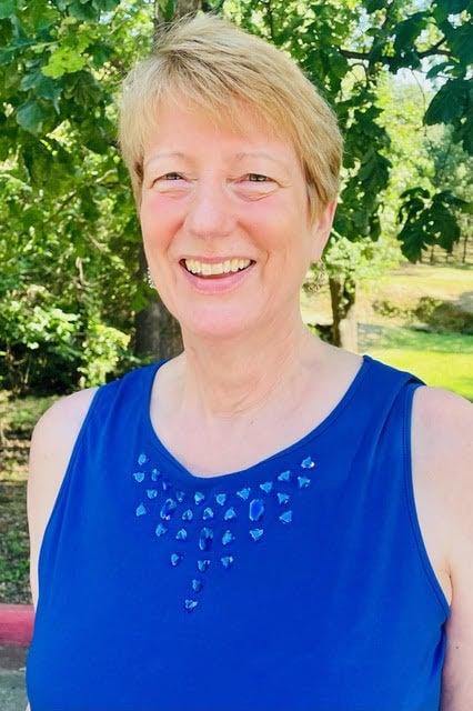 Barbara Dickinson,LPTA, LMT