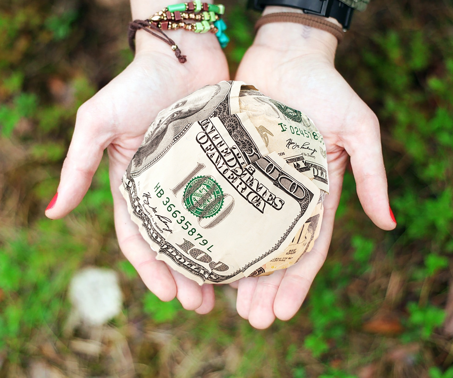 How to Attract Money and Wealth Using Affirmations