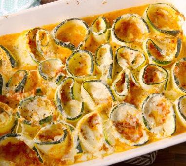 gallery-1466862324-delish-zucchini-lasagna-roll-ups-002