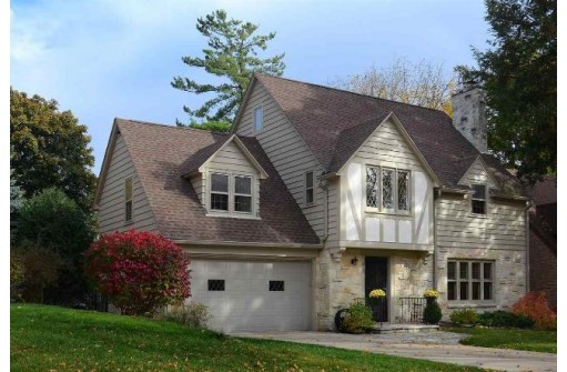 Immaculate Home on One of the Best Lots in Nakoma