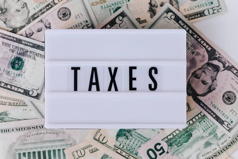 2021-Adjustments-to-Tax-Brackets-and-Deductions.jpg?time=1632345200