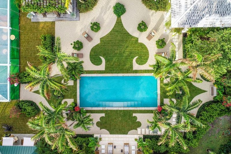 drone / aerial photo
