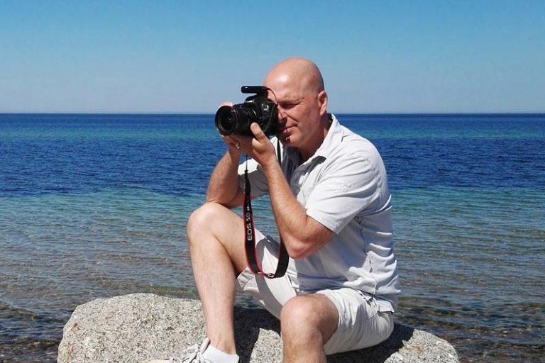 jason taking photos