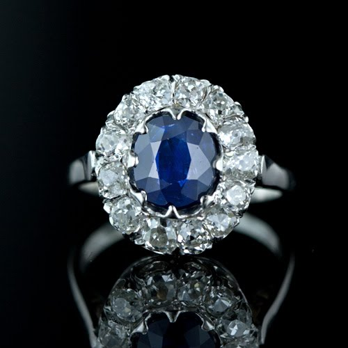 Sapphire OED ring