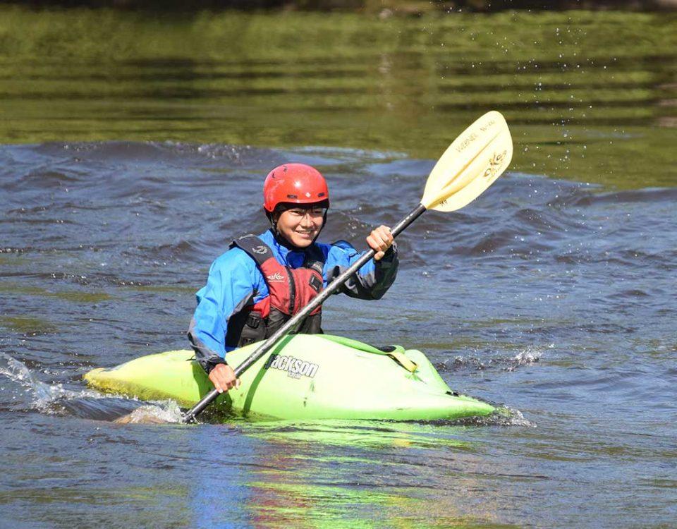 Learn to whitewater kayak on the Ottawa River ontario