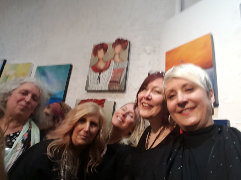 selfie-womeninart-selfie-2017