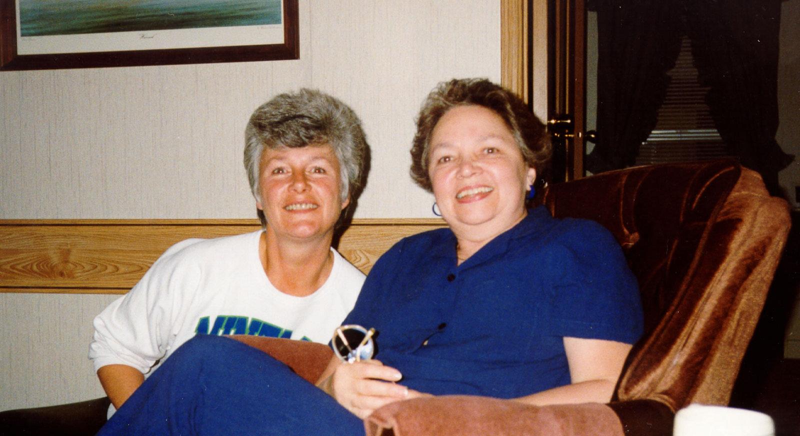 1993i