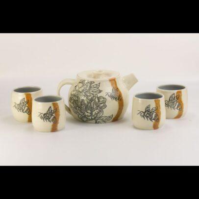 Wormwood and Honey Pottery | 2020