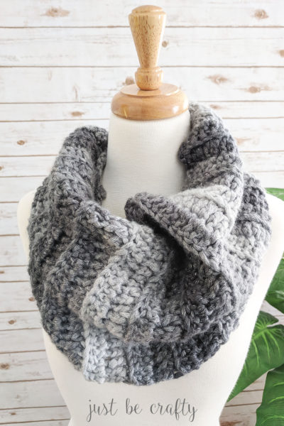 Stormy Night Ribbed Cowl
