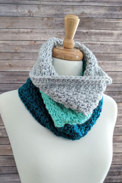 Mint Color Block Crochet Cowl