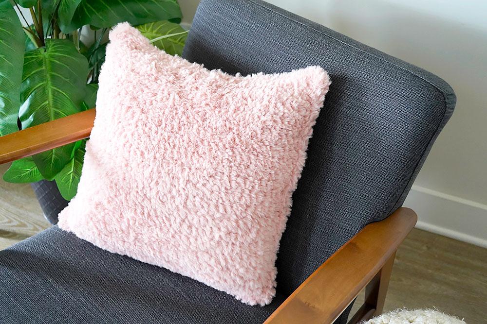 Faux Fur Pillow Pattern